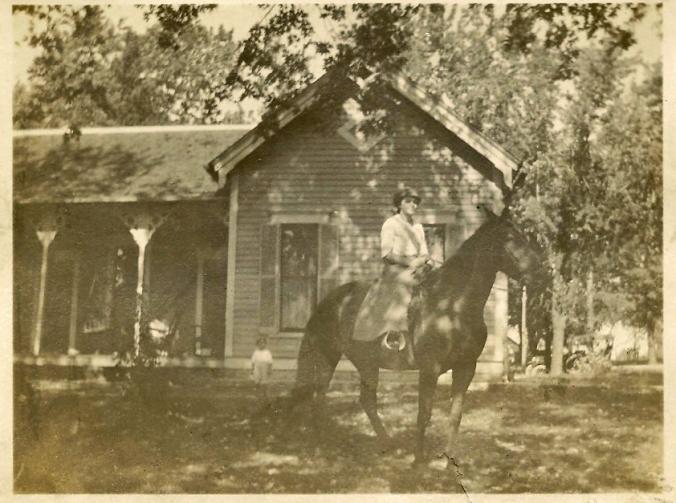 Laila on horse