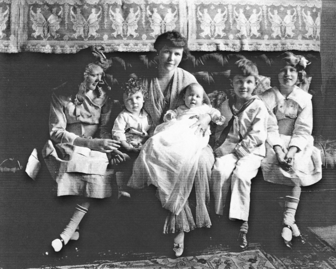 mignon sherley and children (1)